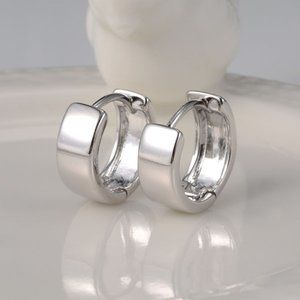 Jewelry - 18K White Gold Filled Hoop Huggie Earrings 13mm
